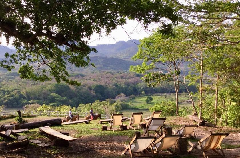 Honduras - Hacienda San Lucas - Jardin et vue