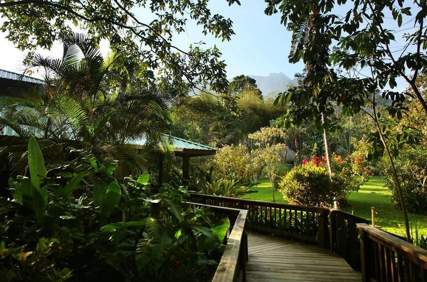 Honduras - Pico Bonito Lodge - Jardin
