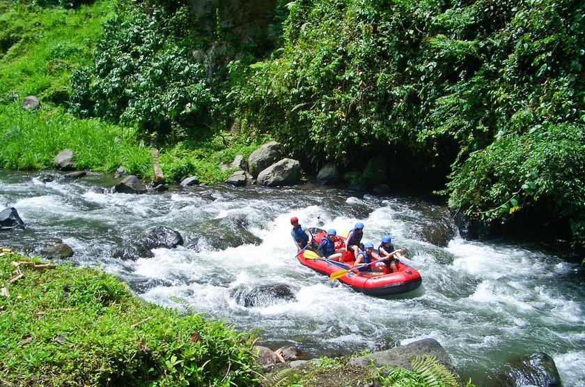 Rafting en famille à Ubud, Indonésie
