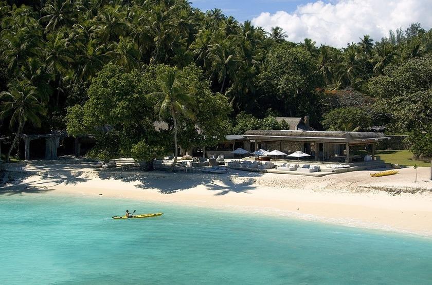 Seychelles   north island   kayak slideshow