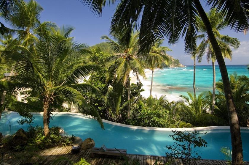 Seychelles   north island   piscine   mer slideshow