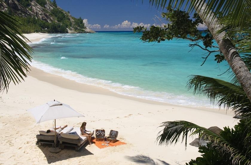 Seychelles   north island   plage   2 slideshow