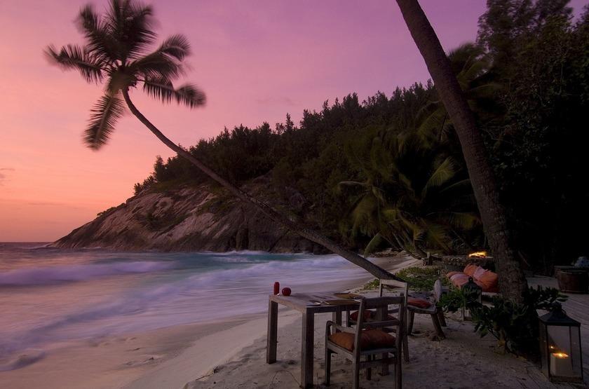 Seychelles   north island   diner sunset slideshow