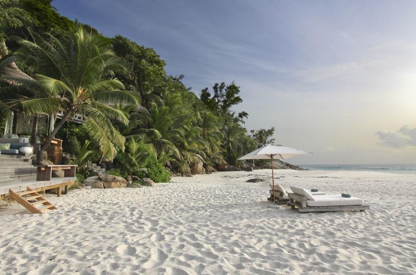 Seychelles   north island   villa n  11   plage slideshow