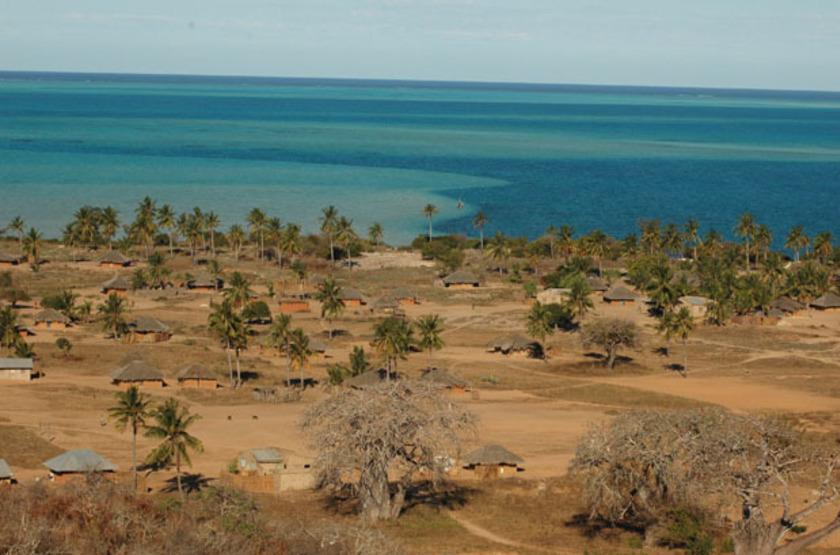 Séjour au Mozambique, Nuarro Beach Lodge, village