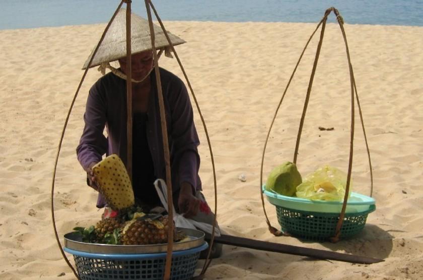 Marchand de fruits, Ile de Phu Quoc, Vietnam