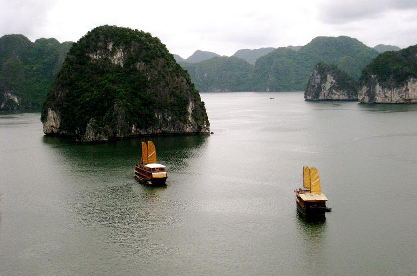 Voyage en famille au Vietnam dans la baie d'Halong