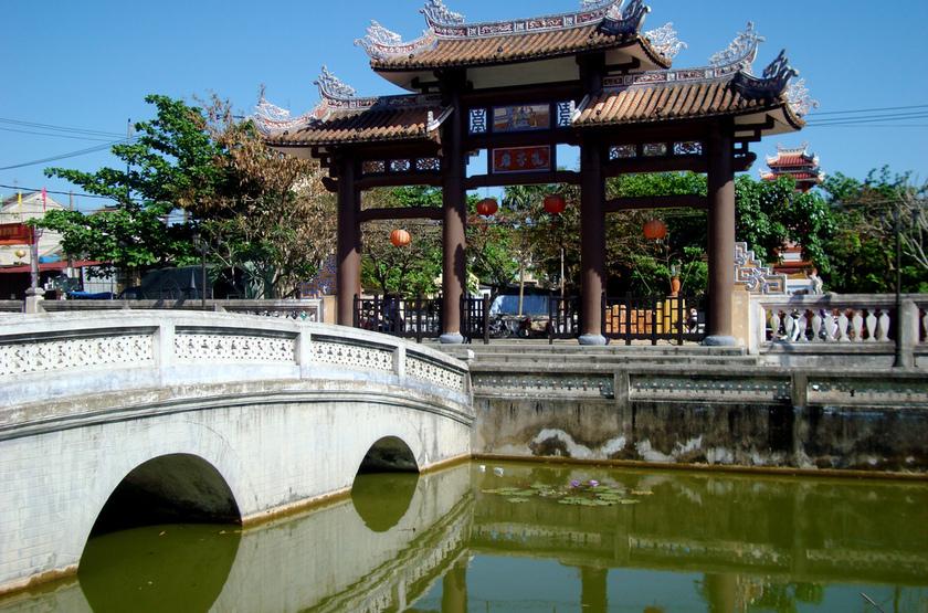 Pont de Hoi An, Vietman