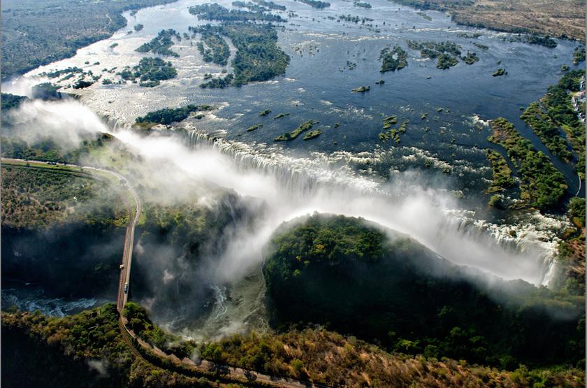 Survol chutes Victoria en hélicoptère, Zimbabwe