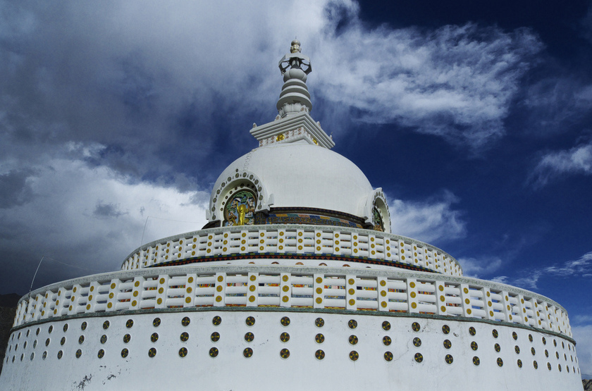 Stupa à Leh, santi, Inde