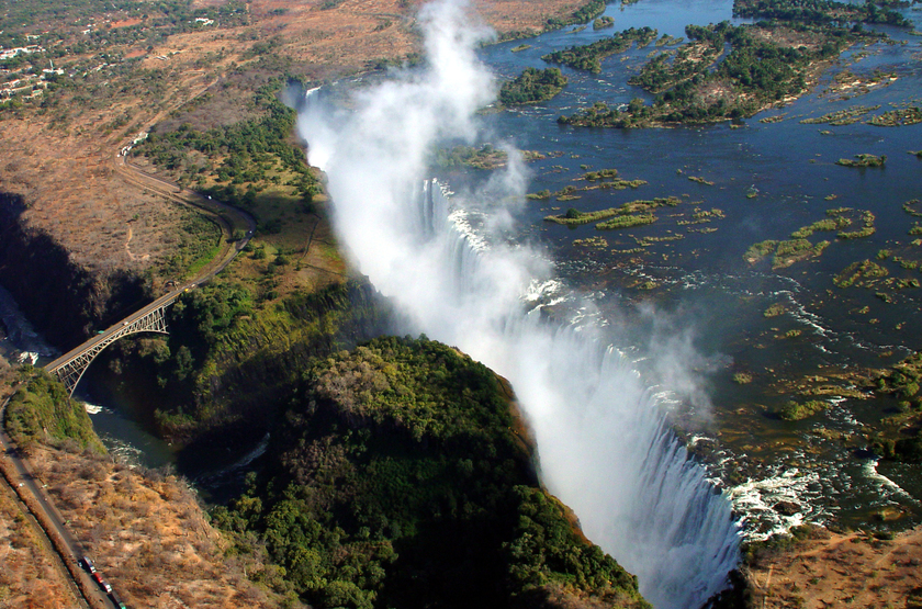 Survol des chutes Victoria, Victoria Falls, Zimbabwe