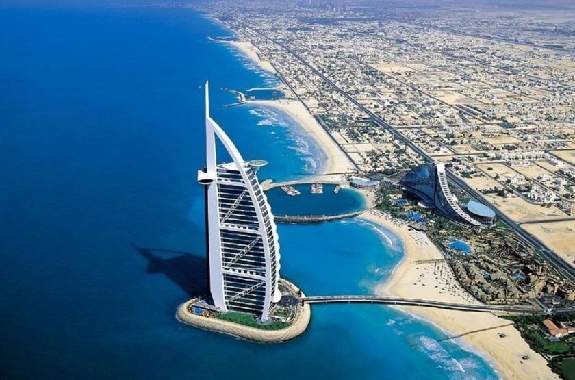 Gigantesque Dubaï