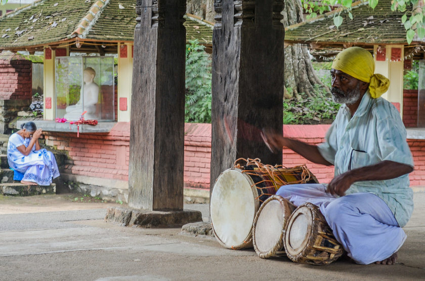 Musicien à Kandy, Sri Lanka