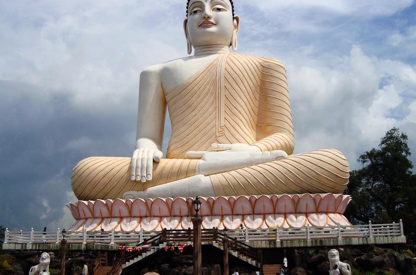 Bouddha de Kandevihayara, Sri Lanka