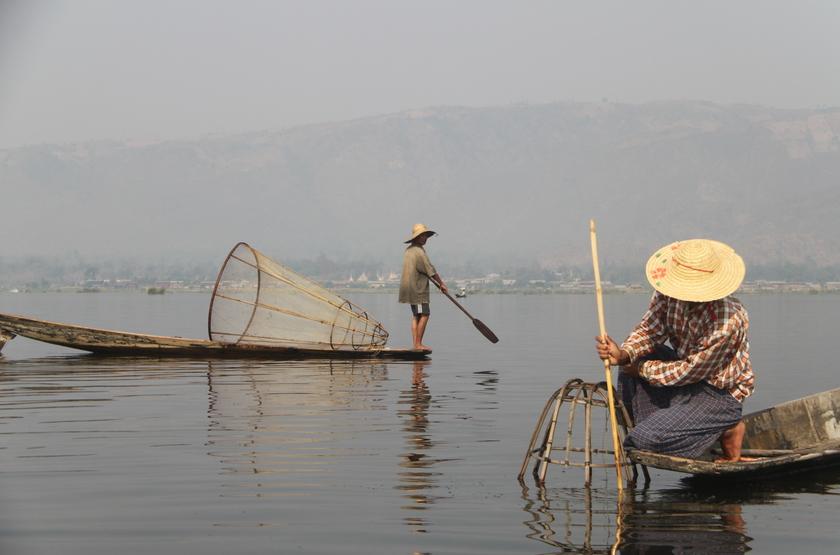 Pêcheurs sur le lac Inle, Birmanie