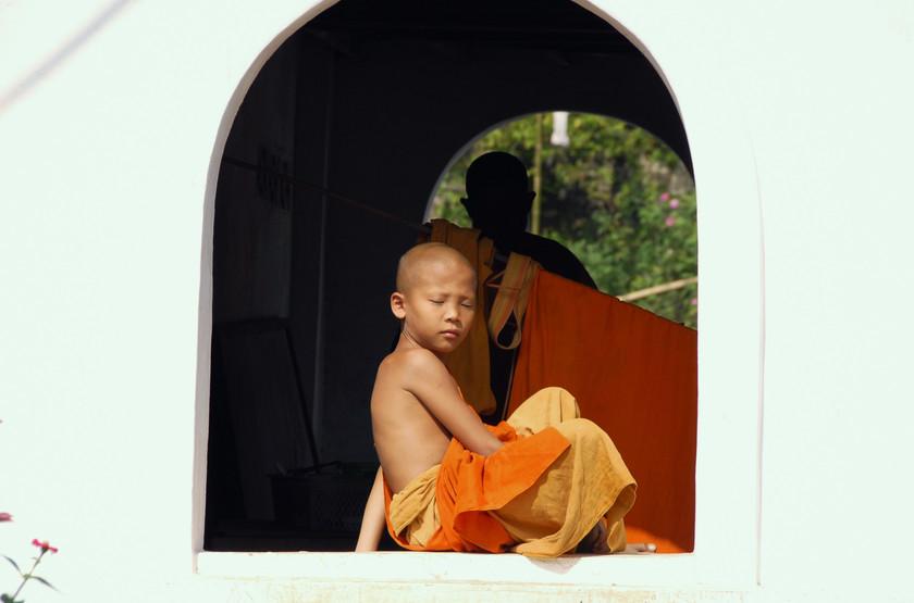 Jeune novice, Circuit au Laos