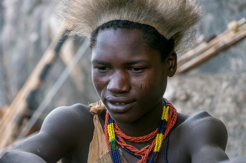 Jeune Hadzabe, Tanzanie