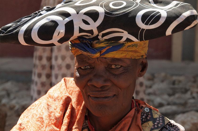 Femme Herero, Namibie