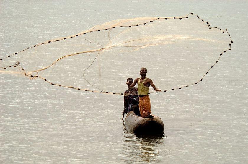 Pêcheurs sur le lac Malawi