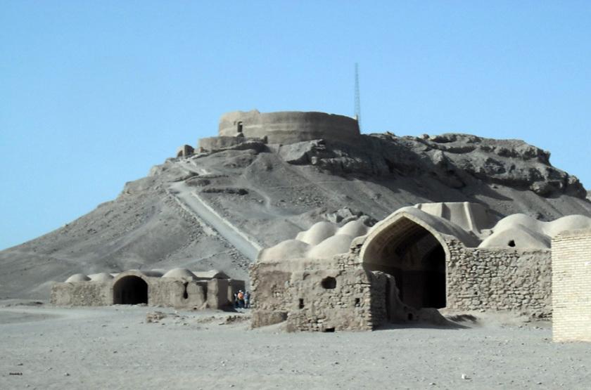 Les Tours du Silence à Yazd, Iran