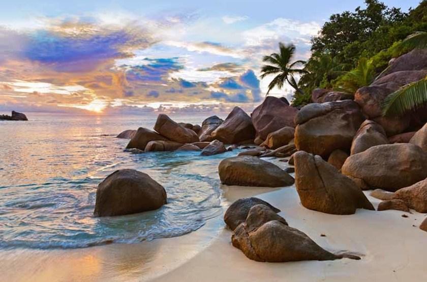 Plage tropicale des Seychelles