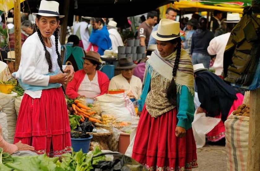 Circuit en Equateur, marché à Gualaceo