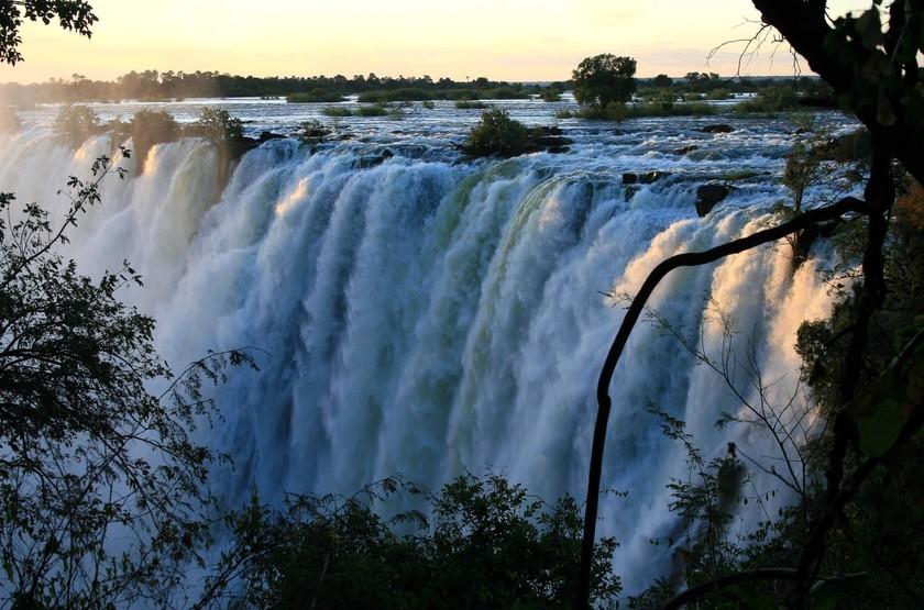 Les chutes Victoria, Victoria Falls, Zimbabwe