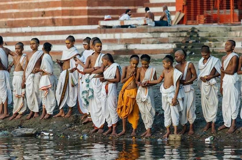 Bord du Gange à Varanasi, Inde