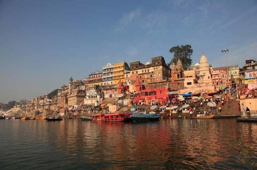 Gange à Varanasi, Uttar Pradesh, Inde