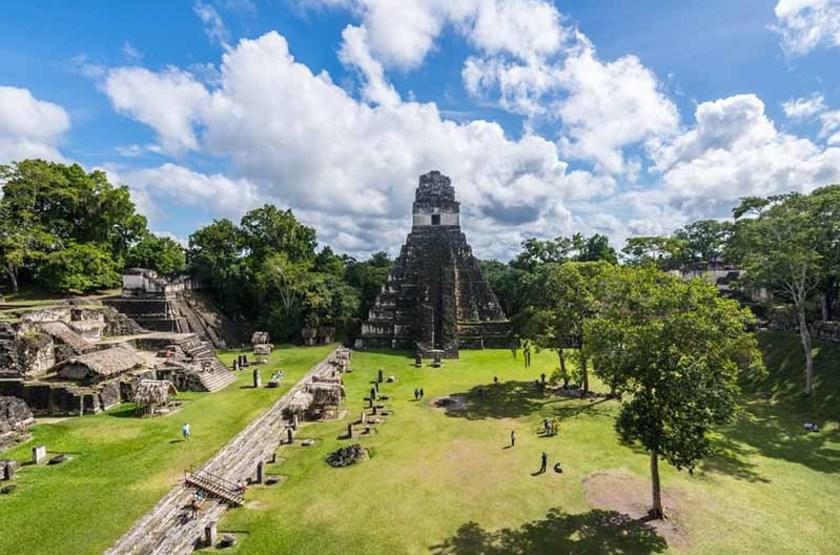 Pyramide de Tikal, Flores, Guatemala