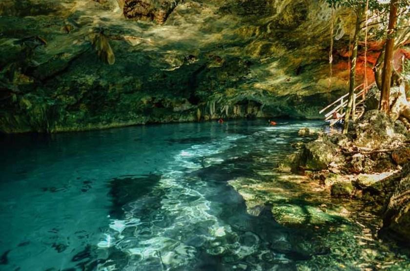 Cenote Dos Ojos, Mexique