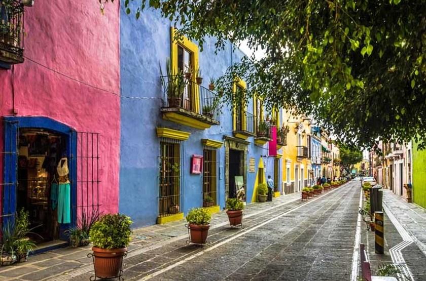 """Rue """"Callejon-de-los-Sapos"""" à Puebla, Mexique"""