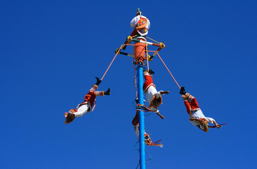 Danseurs volants, Tulum, Mexique