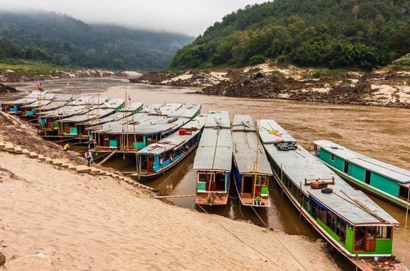 Bateaux à Pakbeng, Laos